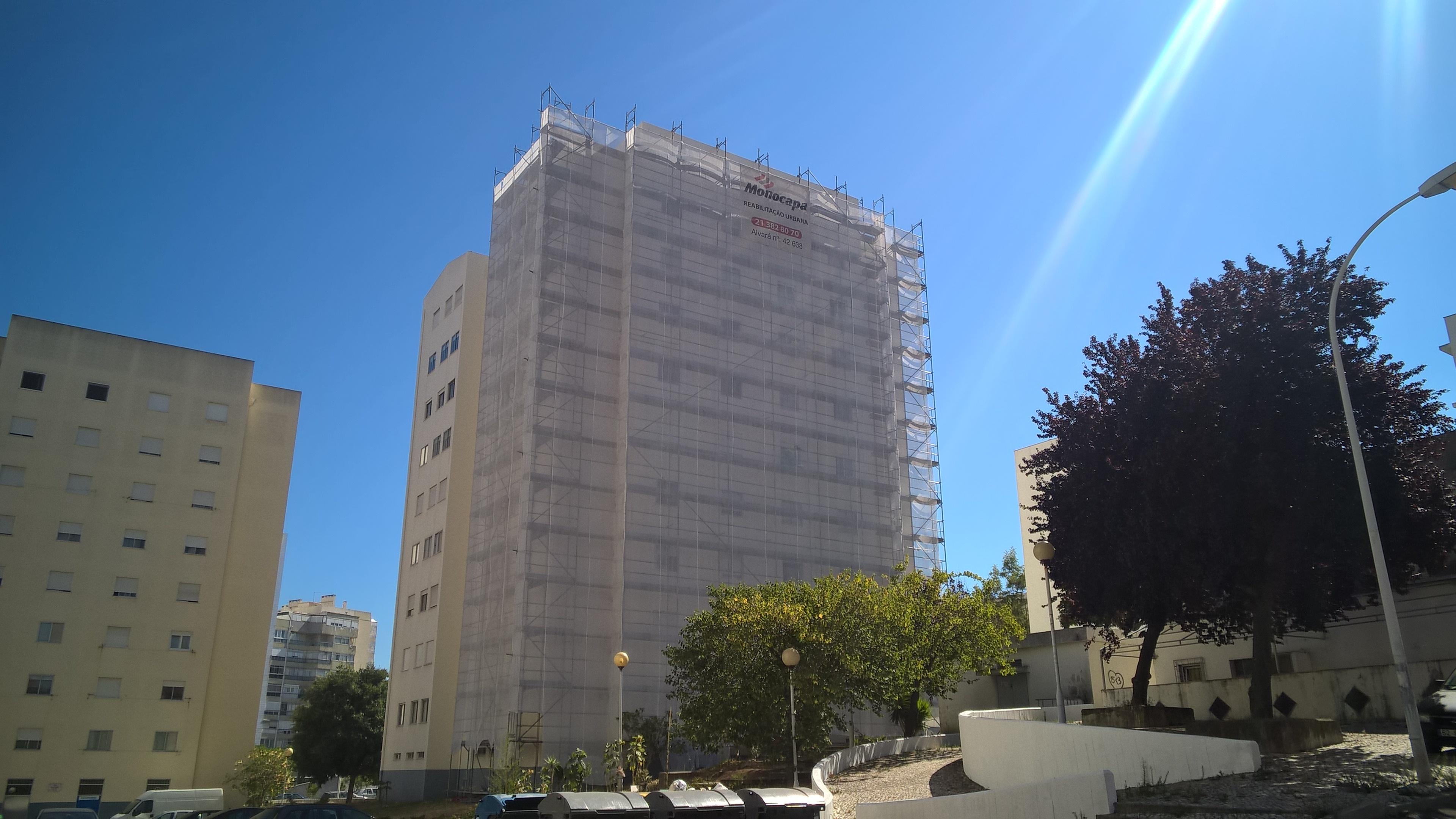 Pintura de fachadas exteriores de prédios Cascais